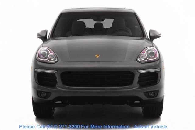 New 2018 Porsche Cayenne Base